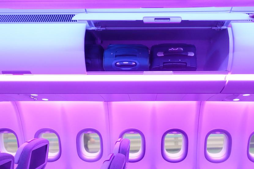 O bagageiro do A330neo tem um design totalmente novo, tornando possível acomodar 66% a mais de bagagens de mão.