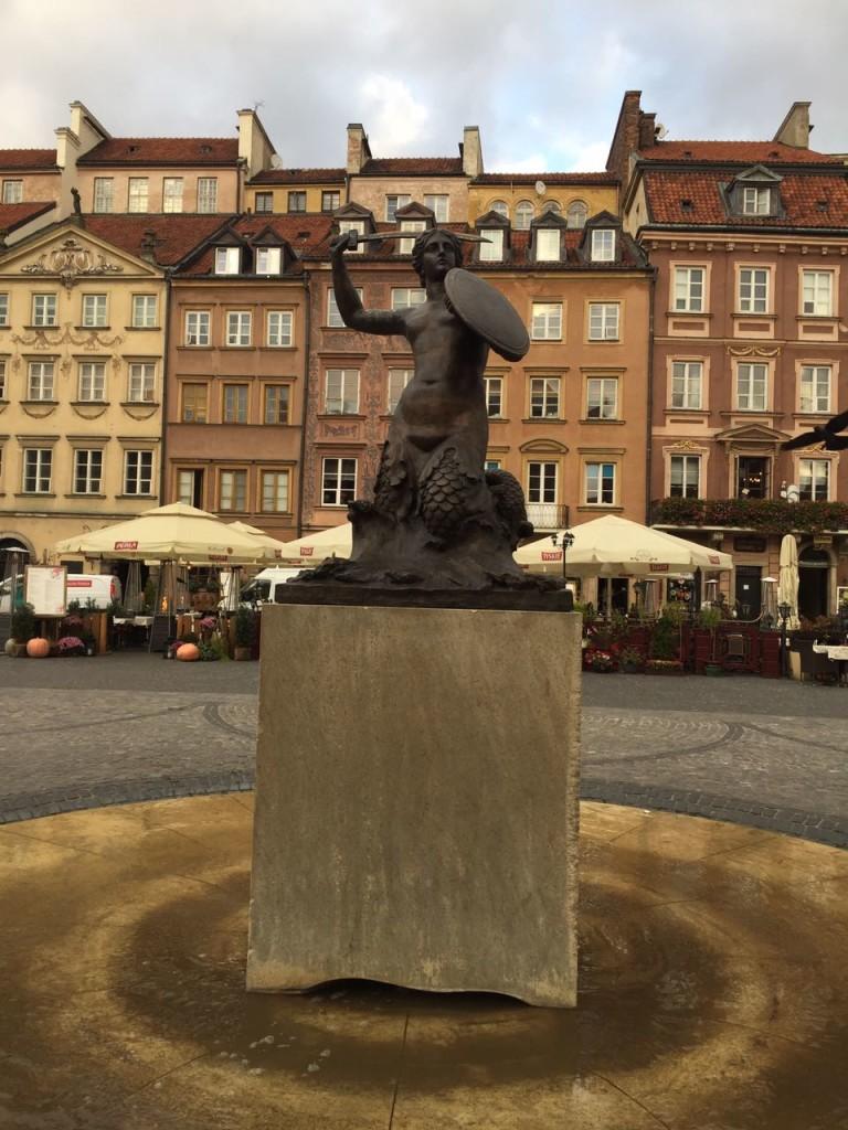 Estátua da Sereia de Varsóvia.
